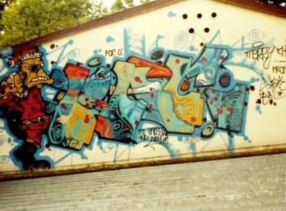 Walls 1989