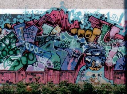 Walls 1990