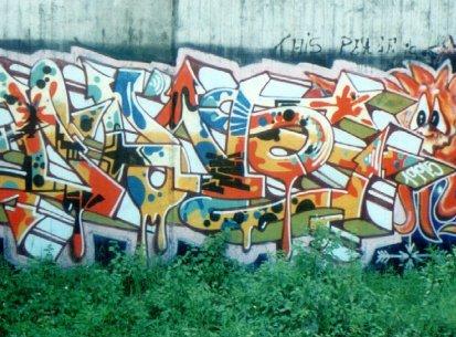 Walls 1995