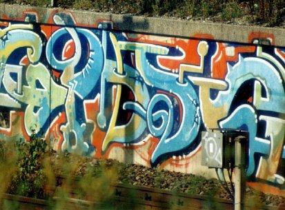 Walls 1998